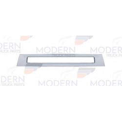 VOLVO CENTER BUMPER COVER -...